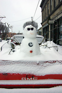 PT Snowmen are driven. 18Jan12